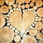 木材でハート